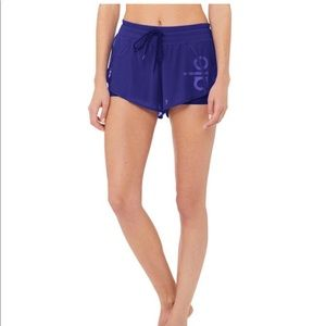ALO YOGA AMBIENCE SHORT - GRAPHIC